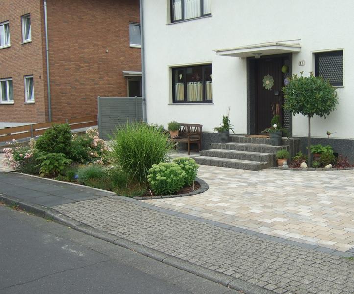 Extrem Referenzen Gartenbau ❀ Naturgarten Schlich ➥ Vorgarten SO86